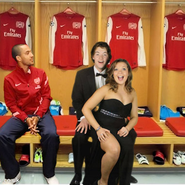 Fotofantasies Arsenal dressing room green screen theme